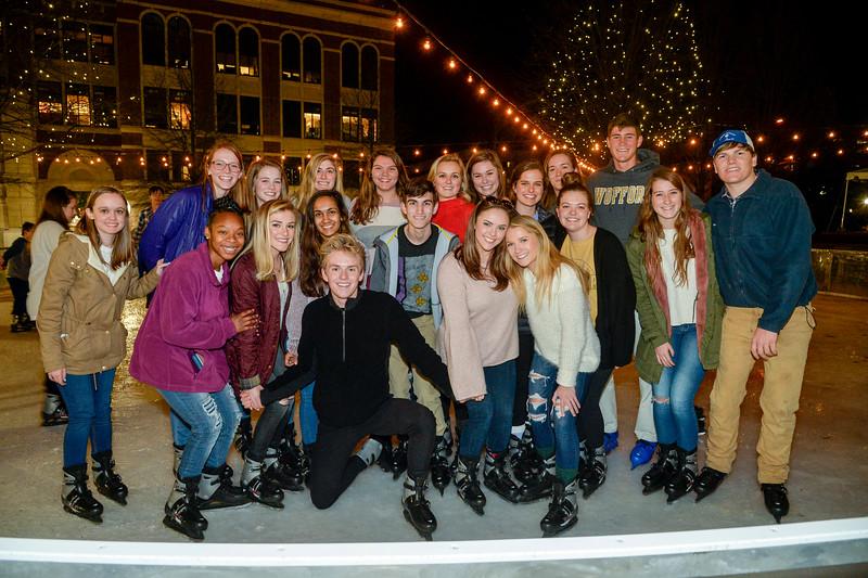 SkatingOnTheSquare2019-6