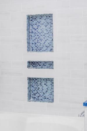 8-2020_Bathroom_Downing St_ETGC-105