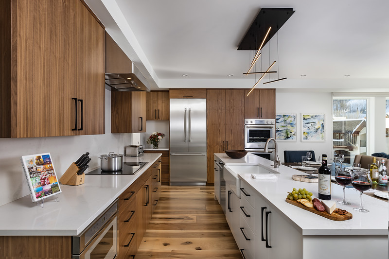 EquityEstates-Vail-Kitchen-0467