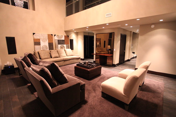 Albert Haynesworth Reston Penthouse