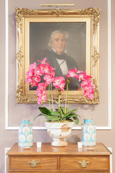 Tinsley Mortimer, New York City socialite and handbag designer decorates her Manhattan loft apartment with family heirloom, such as this painting of Thomas Tinslery whom she happens to be named after, as seen on HGTV's Celebrities at Home.