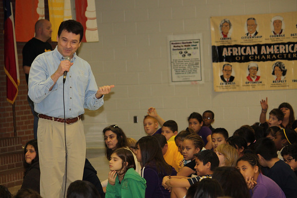 Channel 8 Meteorologist Visits Mary Orr