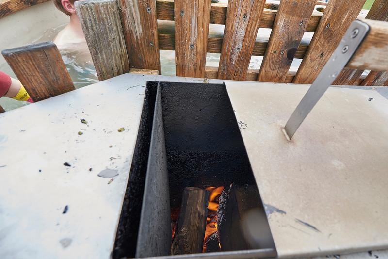 Bain norvégien, chauffage au feu de bois