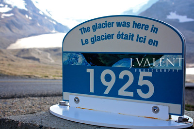 National Parks of Canada, Jasper National Park - Icefield Parkway View of the Columbia Icefield & Athabasca Glacier