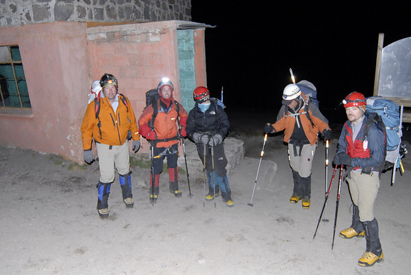 Ready to leave the Pierdra Grande hut for our ascent.