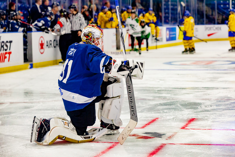 November 10, 2018 - Saskatoon, SK - Finland's Noora Raty pauses for a moment during a stoppage in play at the Four Nations Cup Bronze medal game.