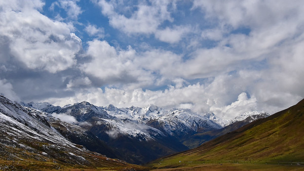 Looking down the valley past Oberal Pass.