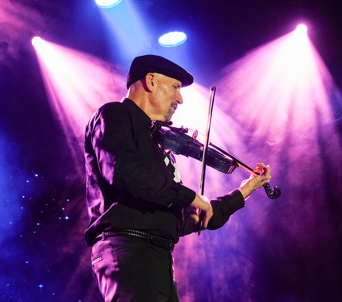 """Violinist Doug Cameron entertains on a Wednesday with """"Hot Jazz""""."""