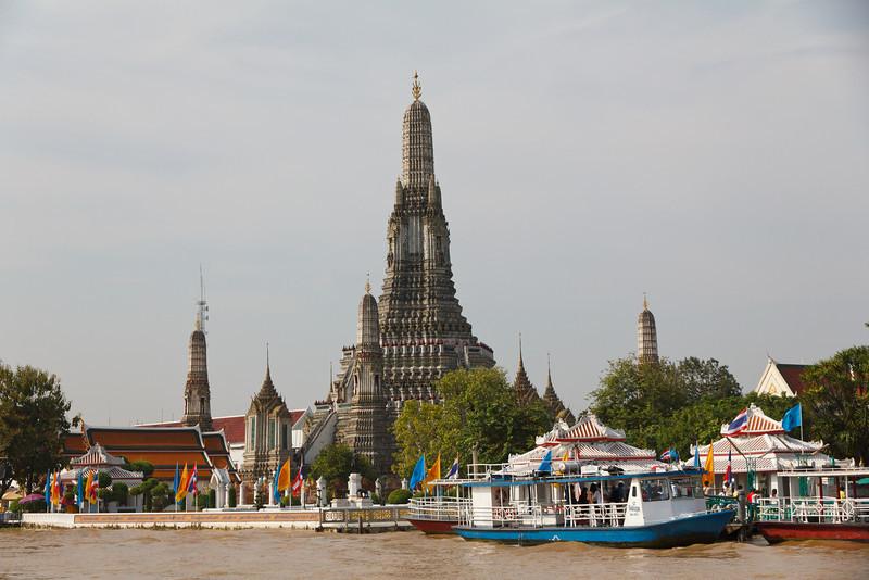 Wat Arun - Temple of the Dawn