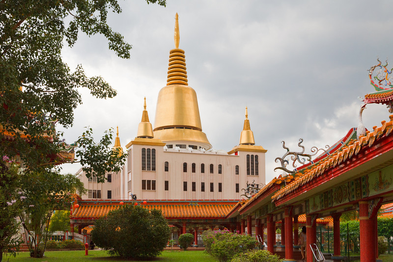 Ten Thousand Budda Temple