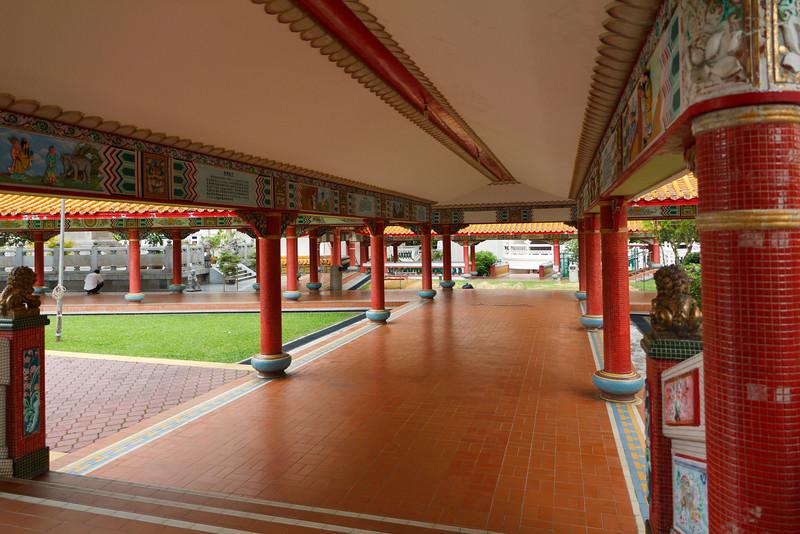 Grounds around the Ten Thousand Budda Temple