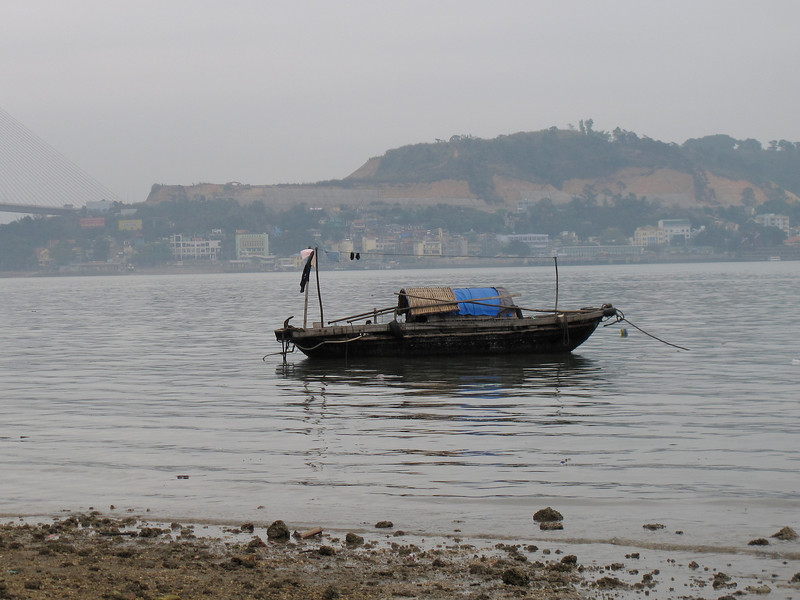 Live aboard in Ha Long Bay - Not the High Rent District