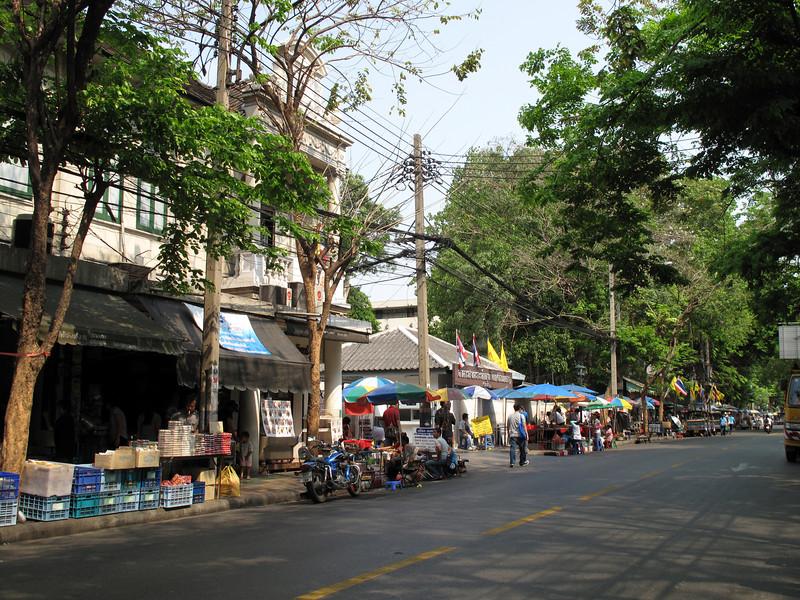 Streets of Bangkok outside Wat Mahathat