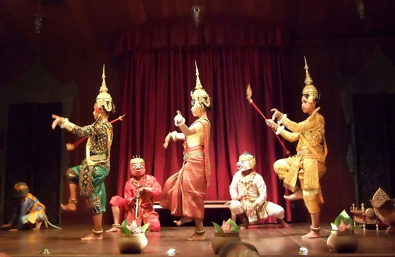 The Show at the Apsara Dinner Theatre