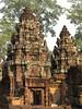 Banteay Srei Temple Details