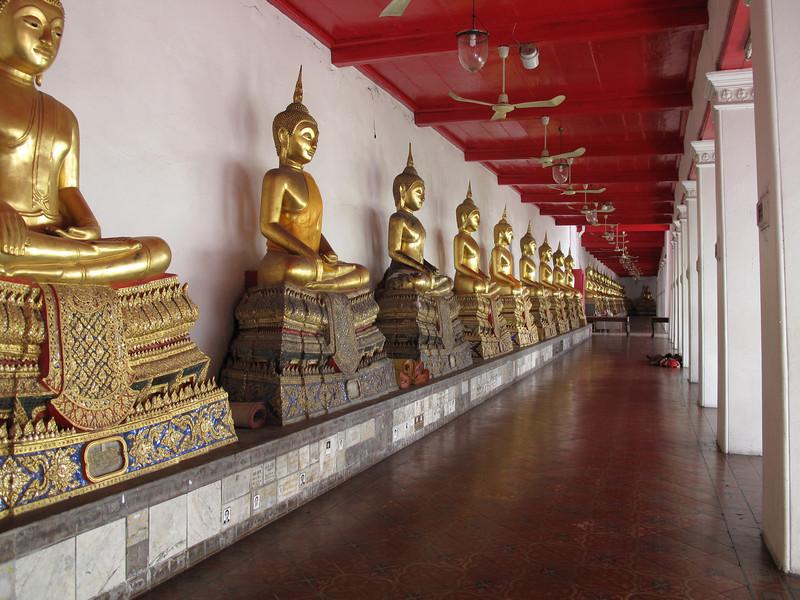 Budda Images at Wat Mahathat