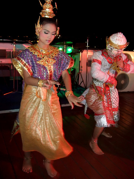 Dancers on the Dinner Cruise