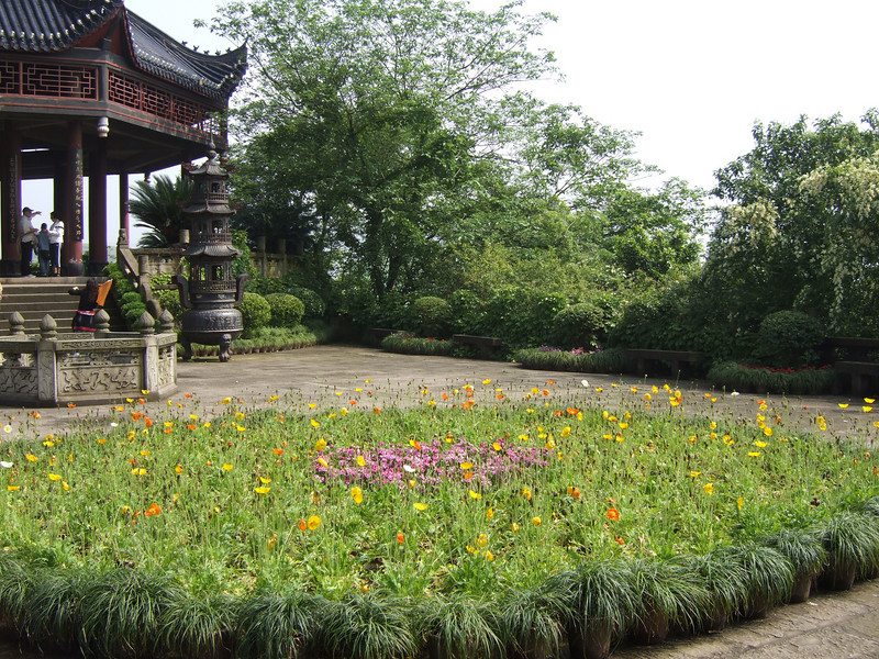decorated area in front of the Shibaozhai Temple