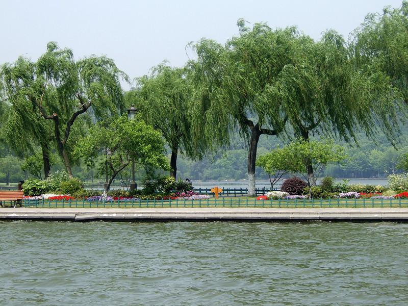 Landscaping at West Lake - Hangzhou