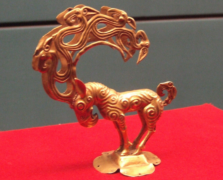 Artifacts in the Shaanxi History Museum - Xian
