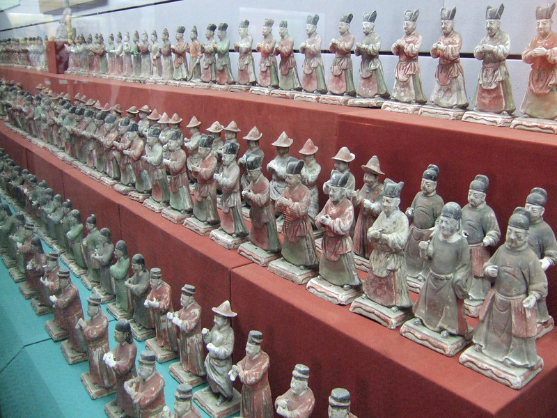 Ming Dynasty burial objects (1368 - 1661)