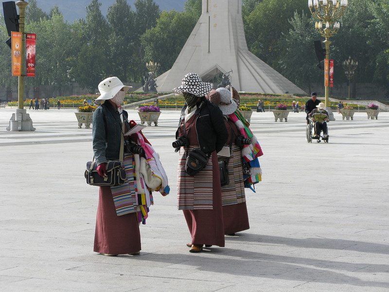 Peddlers in Potala Palace Plaza - Tibet