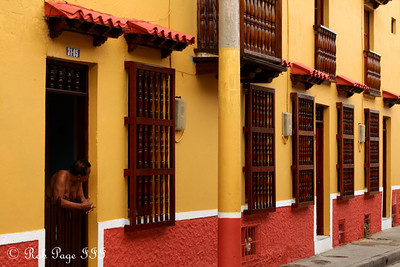 Watching life - Cartagena, Colombia ... October 18, 2011 ... Photo by Rob Page III