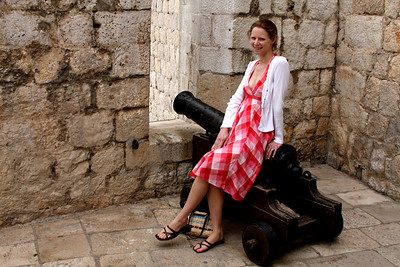 Emily and a cannon - Dubrovnik, Croatia ... April 29, 2008 ... Photo by Rob Page III