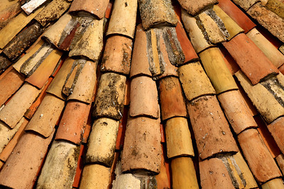 Tile roof - Dubrovnik, Croatia ... April 29, 2008 ... Photo by Rob Page III