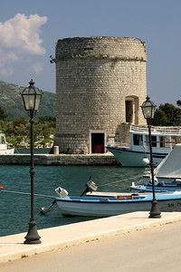 The wall went all the way down to the waterfront where it became a tower - Mali Ston, Croatia ... May 2, 2008 ... Photo by Rob Page III