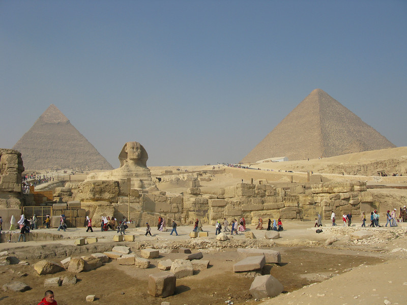 Sphinx and Pyramids (Chephren left + Cheops right) at Giza