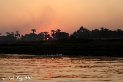 Sunset on the Nile - Luxor, Egypt ... November 24, 2006 ... Photo by Emily Conger
