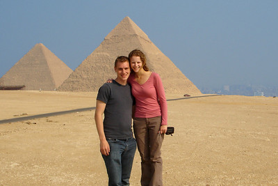 Rob and Emily enjoying the Giza plateau - Giza, Egypt ... November 20, 2006
