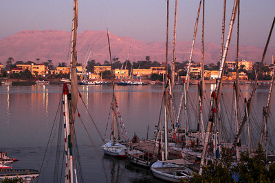 Sunrise along the Nile River - Luxor, Egypt ... November 25, 2006 ... Photo by Rob Page III