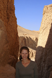 Emily is about to enter Tuthmosis III's tomb - Valley of the Kings, Egypt ... November 23, 2006 ... Photo by Rob Page III