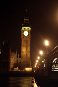 Big Ben at night. ... June 21, 2001 ... Photo by Rob Page III