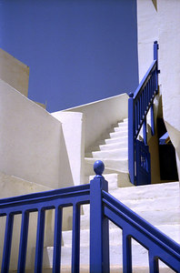 A Greek staircase - Paros, Greece ... July 19, 2001 ... Photo by Rob Page III
