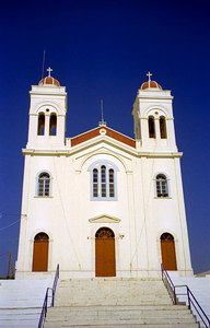 The main church in Naoussa - Paros, Greece ... July 19, 2001 ... Photo by Rob Page III