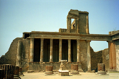 Part of the Basilica which served as the courthouse and the chamber of commerce - Pompeii, Italy ... July 14, 2001 ... Photo by Rob Page III