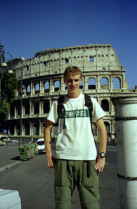 Rob and the Colosium - Rome, Italy ... July 13, 2001 ... Photo by unknown tourisI