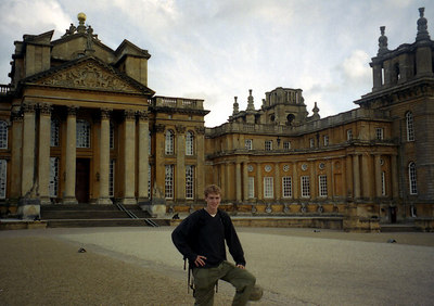Rob with the Blenheim Palace. ... June 20, 2001 ... Photo by Rob Page III