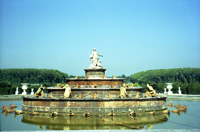 Parterre d'Eau at Chateau de Versailles. ... June 26, 2001 ... Photo by Rob Page III