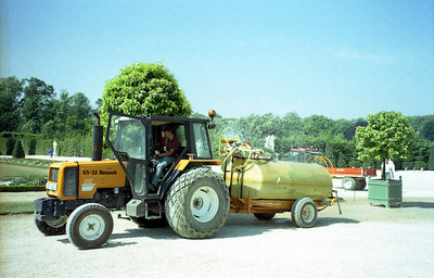 Watering the gardens of Versailles. ... June 26, 2001 ... Photo by Rob Page III