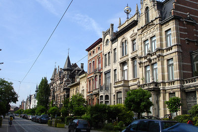 Cogels-Osylei Street in the Zurenborg District.  This neighborhood is a mixture of different architectures constructed at the end of the 19th Centruy - Antwerpen, Belgium ... June 18, 2006 ... Photo by Rob Page III