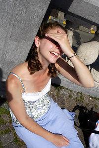 Is it sunny? - Antwerpen, Belgium ... June 18, 2006 ... Photo by Rob Page III