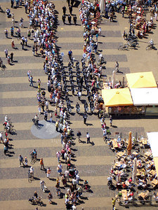 Marching through the main market area - Delft, Netherlands ... June 17, 2006 ... Photo by Rob Page III