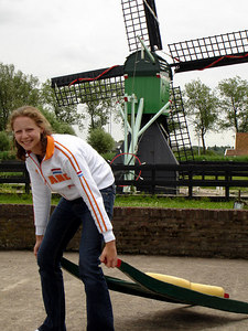 Emily, hauling some of the freshly made cheese - Zaanse Schans, Netherlands ... June 16, 2006 ... Photo by Rob Page III