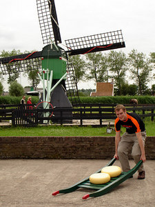 Rob, hauling the new cheese - Zaanse Schans, Netherlands ... June 16, 2006 ... Photo by Emily Conger