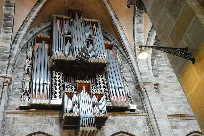 The organ that we see in the Bamberg Cathedral today was built in 1976 by the organ builder Rieger.