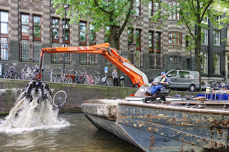 Recovering stolen and abandoned bicycles which were dumped in the canals of Amsterdam.
